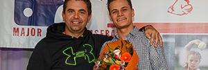 Misja Harcksen (rechts) met Martijn Nijhoff na de uitreiking van de Roel de Mon Award.